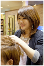 staff_introduction_beauty_tsuji